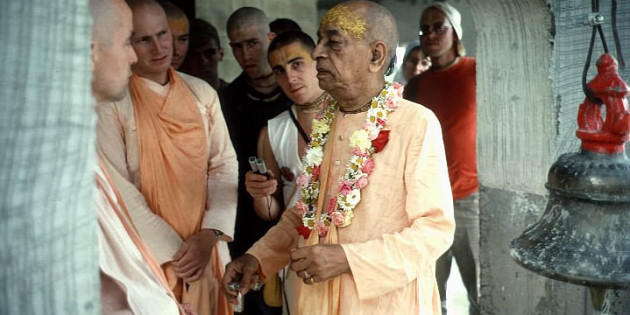 Srila Prabhupada tours the construction work at New Vrindavan ISKCONS farm community
