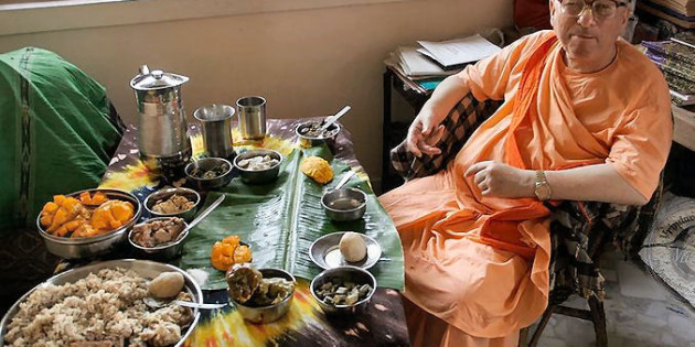 iskcon-guru-eating-a-lot